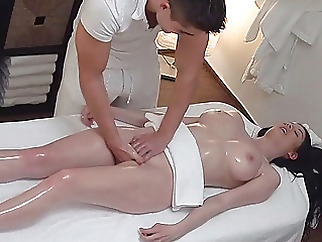 massage amateur hidden camera